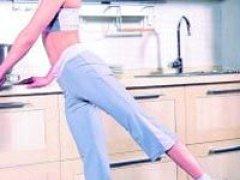 主妇必备超实用厨房瘦身操
