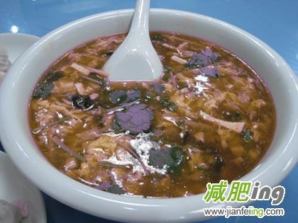 上海MM流行酸辣汤减肥有用吗